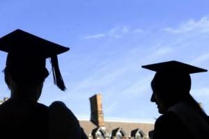 在澳洲读博士的费用和毕业后的工作出路